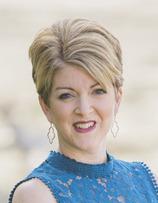 Sheila Fox Headshot
